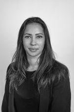 Julie DALI - Sales Assistant-Michaël Zingraf Saint-Paul de Vence