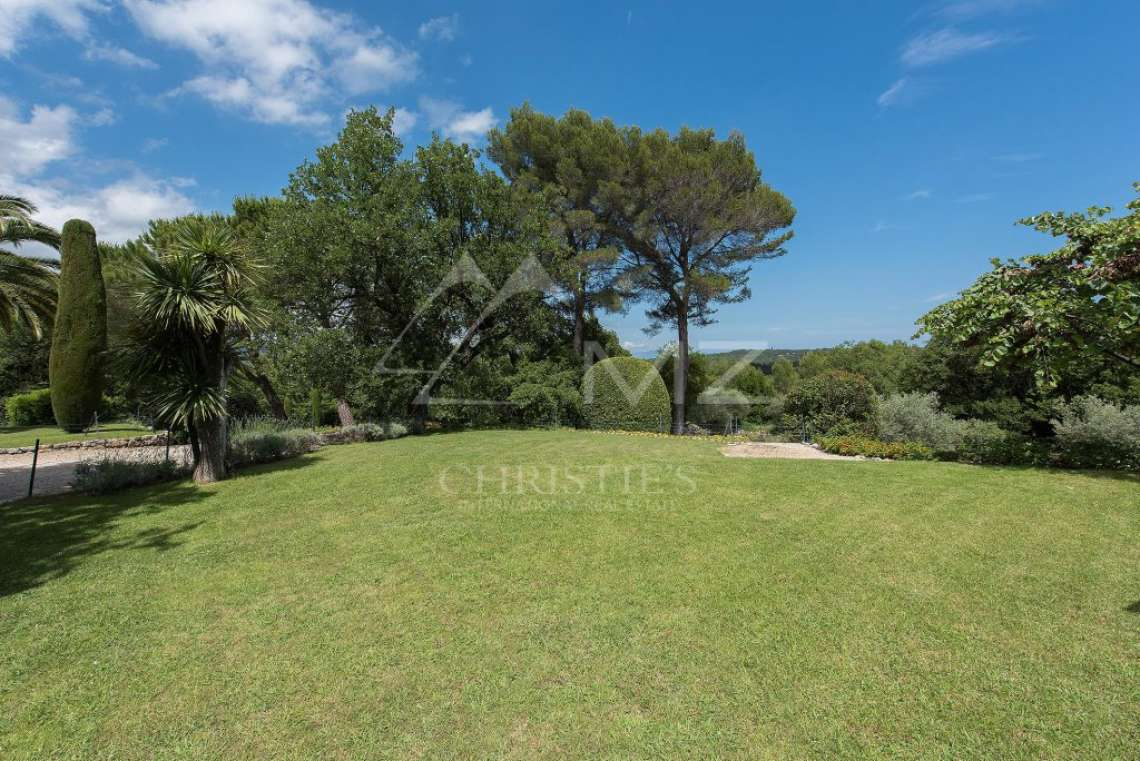 Cannes backcountry - Superbe property in calm environment with pool - photo12
