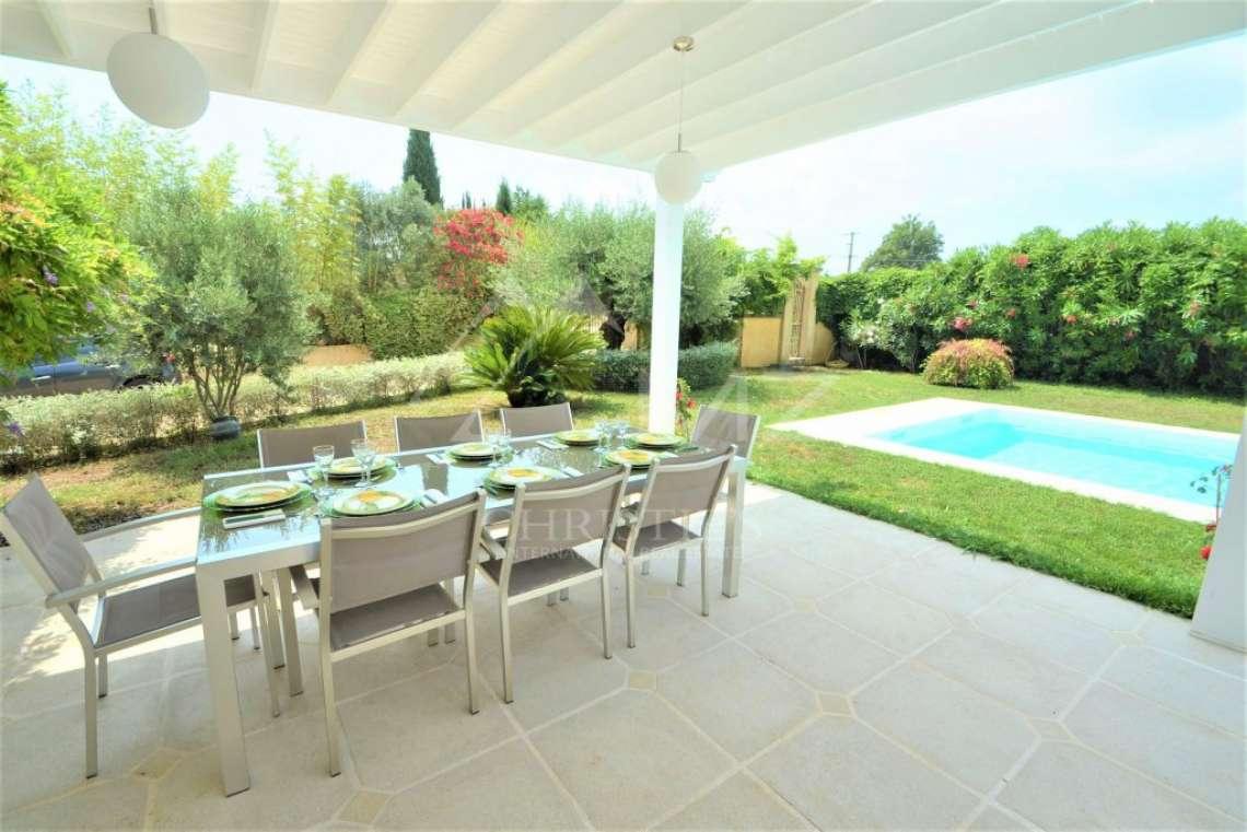 Vence - Recent villa on flat grounds - photo15