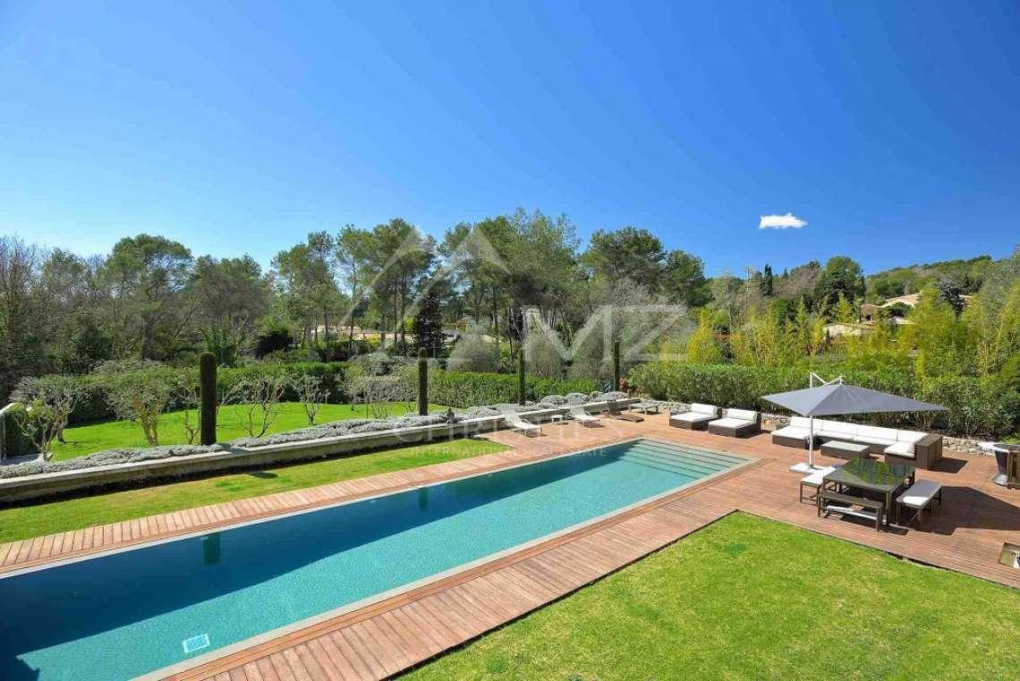 Proche Mougins - Castellaras - Majestueuse villa - photo2