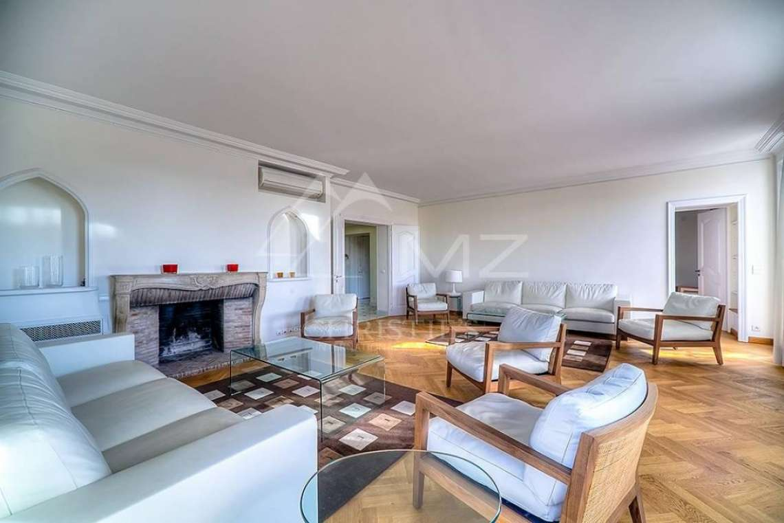 Cannes - Croisette - Sea view apartment - photo7