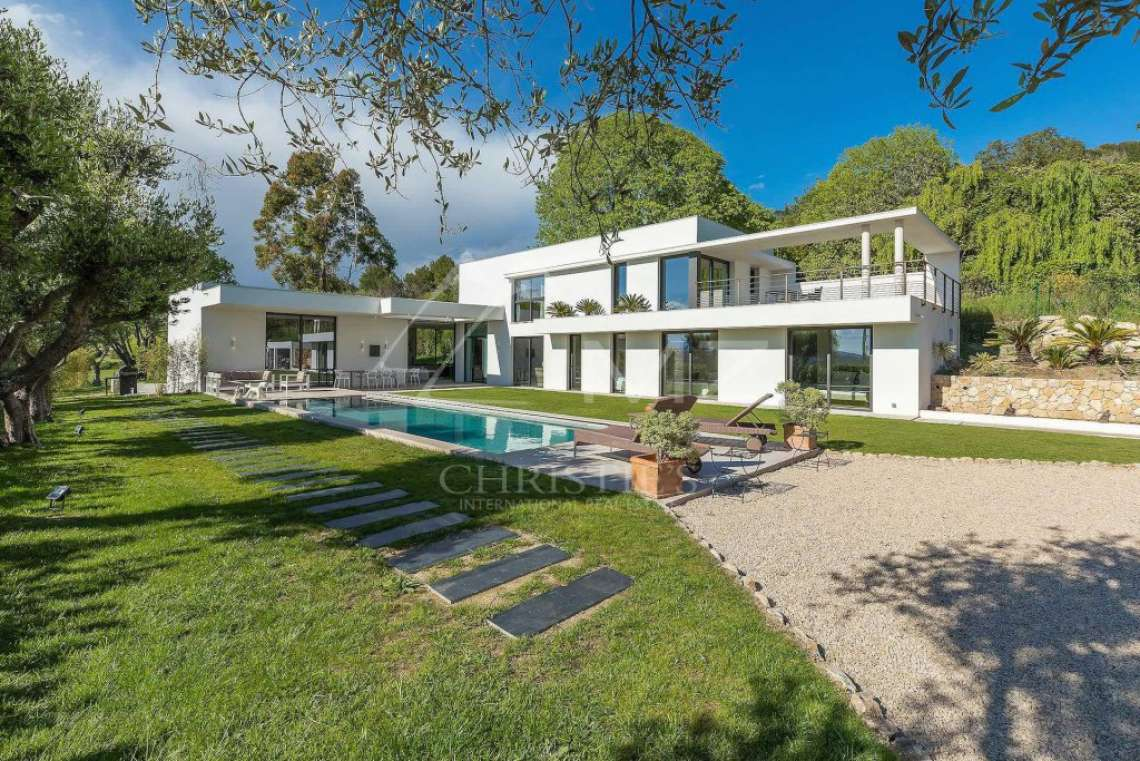 Near Mougins - Brand new contemporary villa with swimming pool - photo2