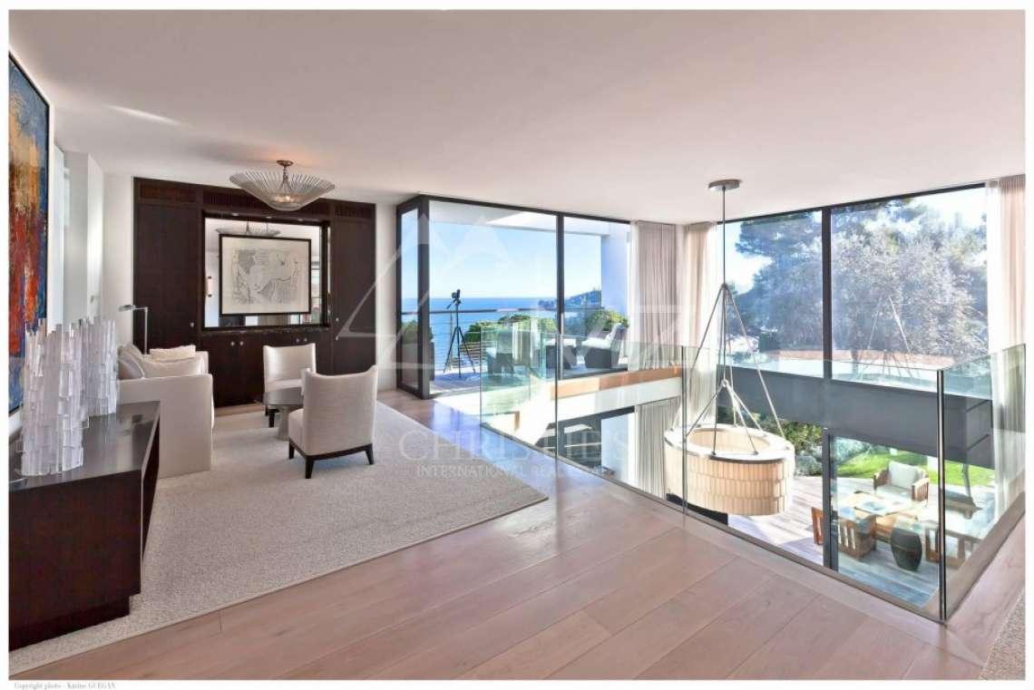 Saint-Jean Cap Ferrat - Panoramic sea view modern property - photo8