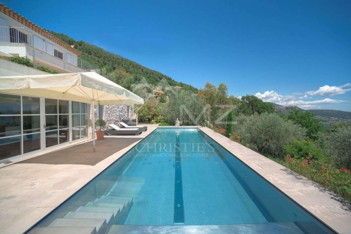 Cannes backcountry - Contemporary designer villa with panoramic sea view - photo2