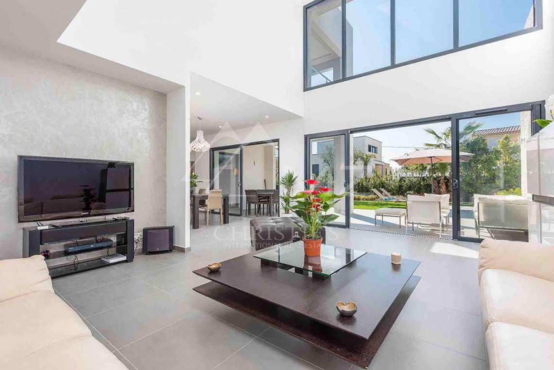 Near Mougins - Brand new contemporary villa in a gated domain - photo3