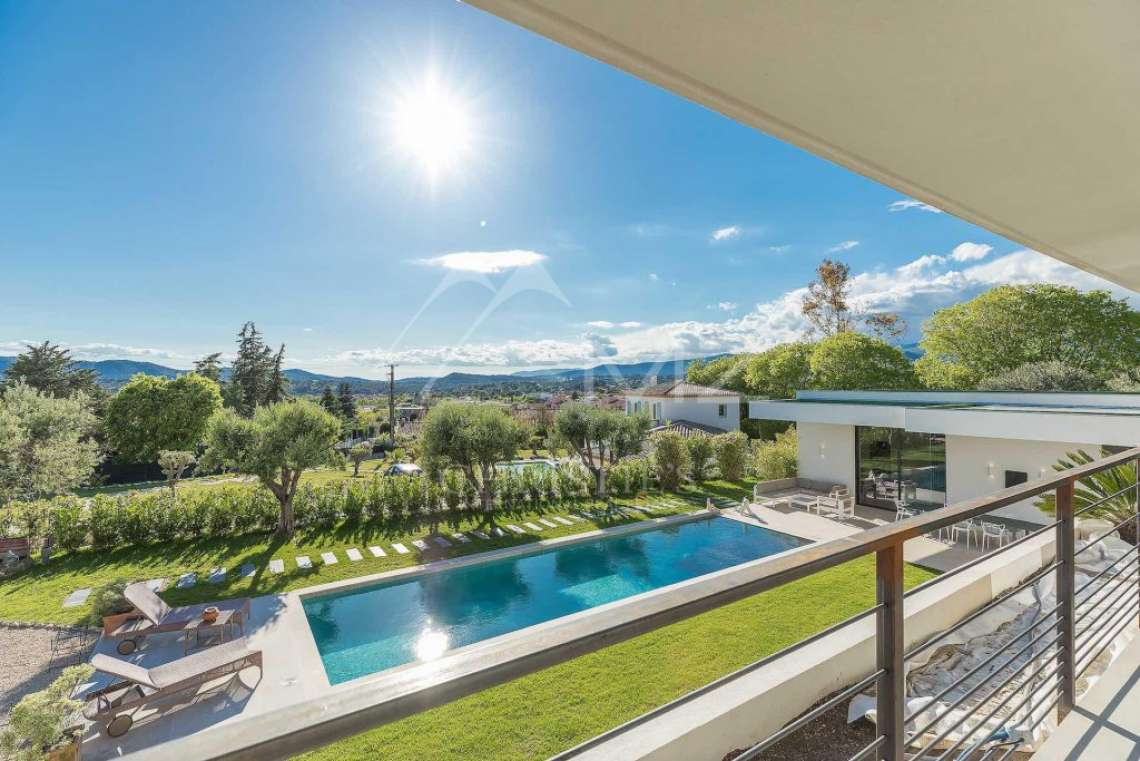 Near Mougins - Brand new contemporary villa with swimming pool - photo3