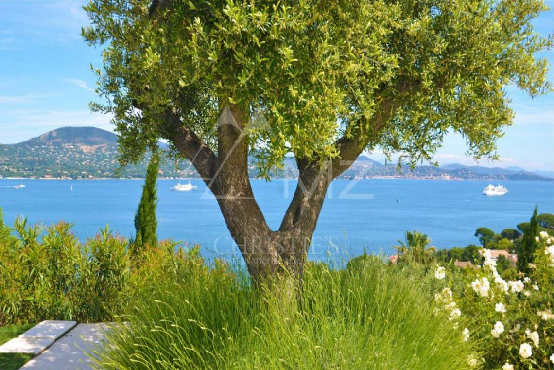 Close to Saint-Tropez - Splendid neo-provencal villa with sea view - photo12