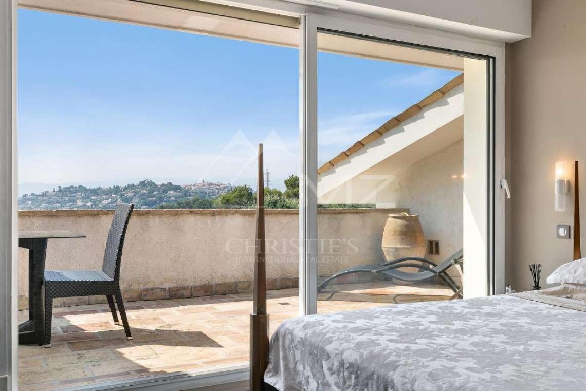 Mougins - Belle villa dans domaine privé - photo13