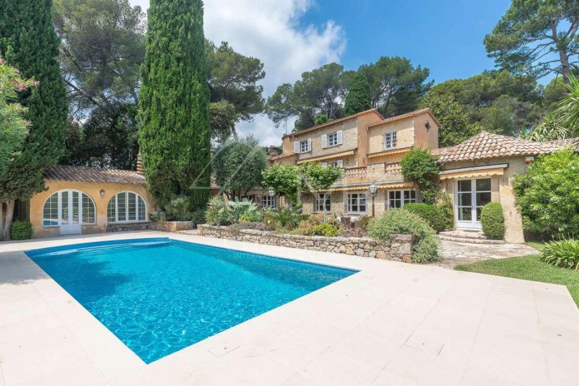 Antibes - Beautiful provençal property - photo1