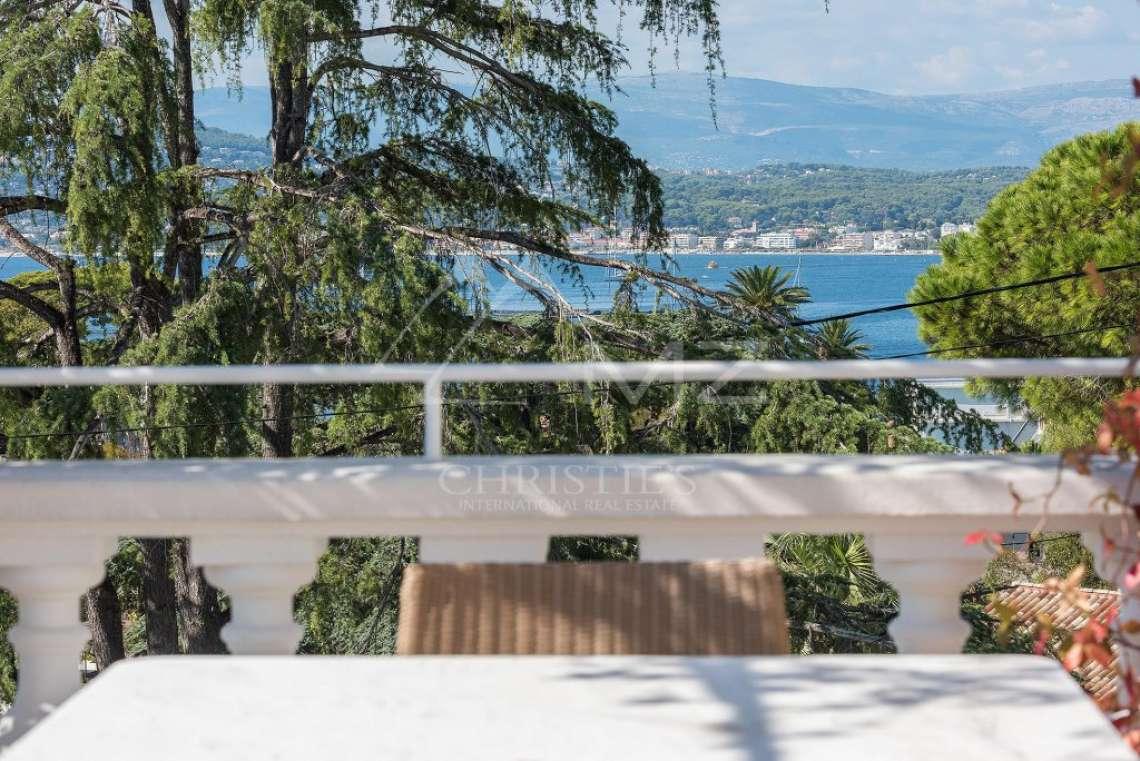 Cap d'Antibes - Remarquable villa avec vue mer - photo18