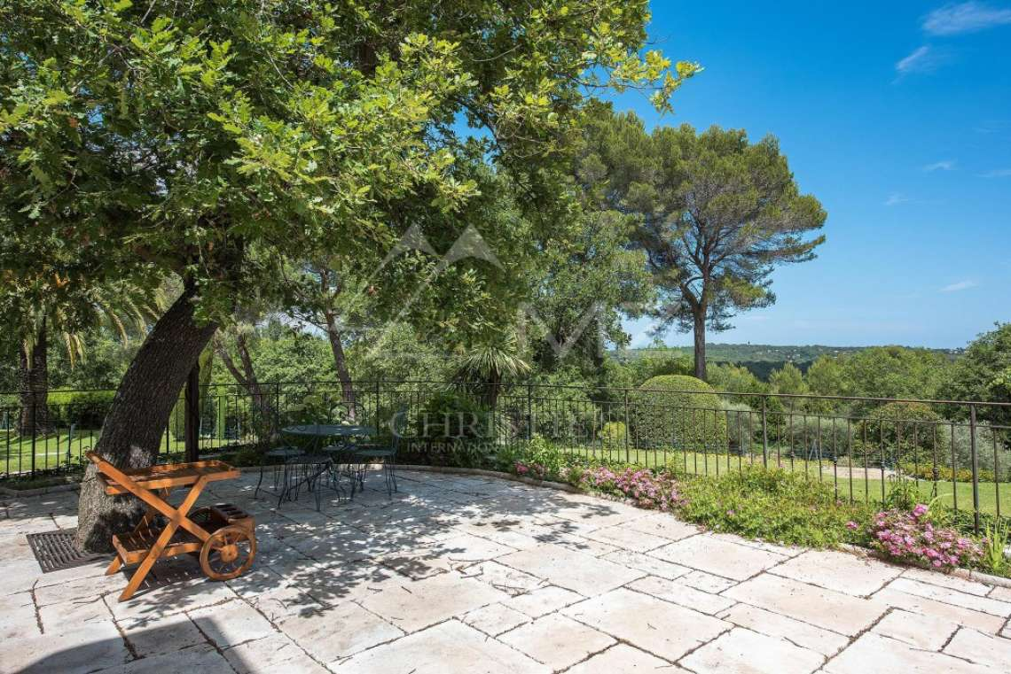 Cannes backcountry - Superbe property in calm environment with pool - photo29