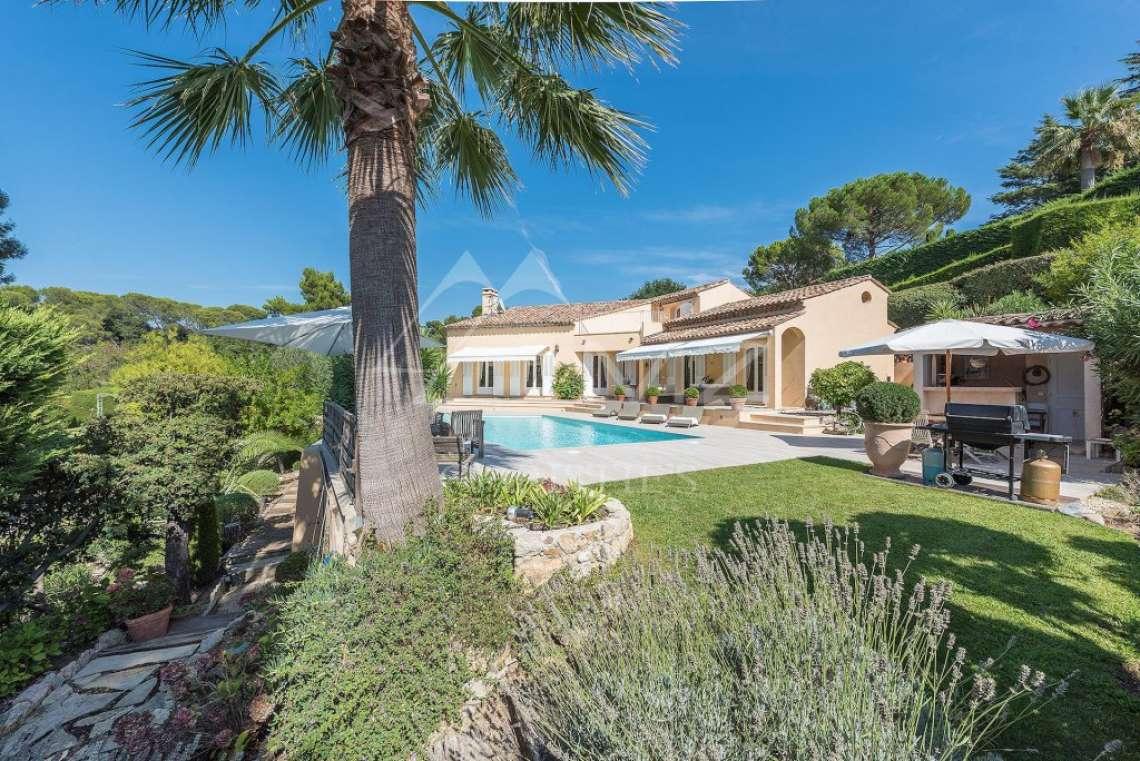 Mougins - Bright provencal villa - Gated estate - photo14