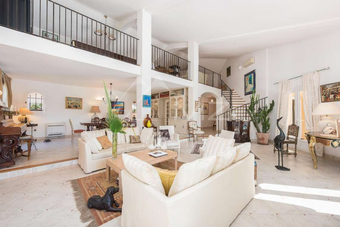 Mougins - Bright provencal villa - Gated estate - photo7