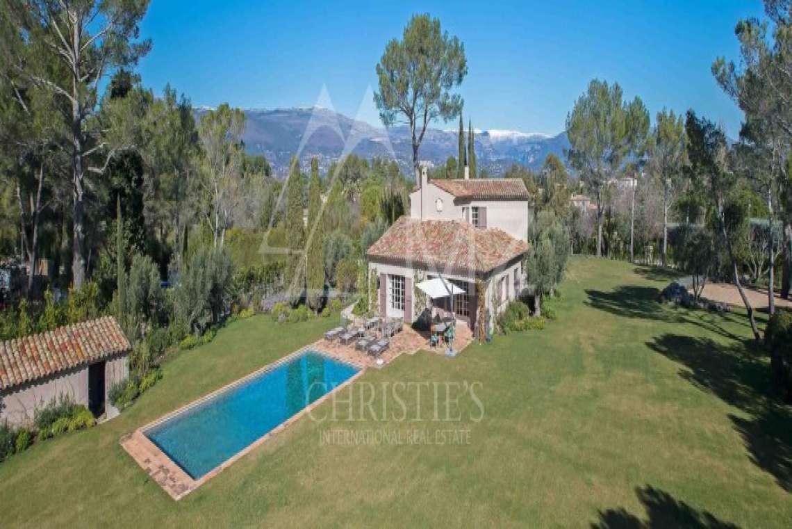 Close to Mougins - Castellaras - Superb villa in exceptional environment - photo2