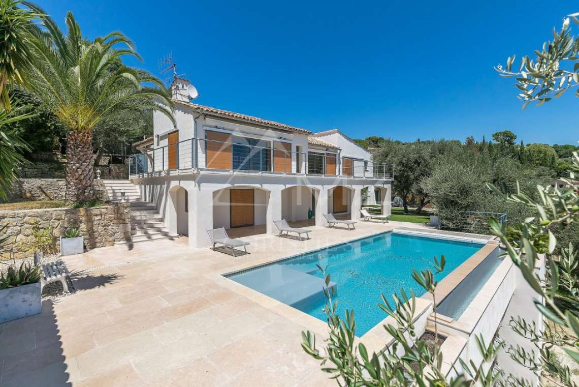 Cannes backcountry - Charm and modernity - photo1