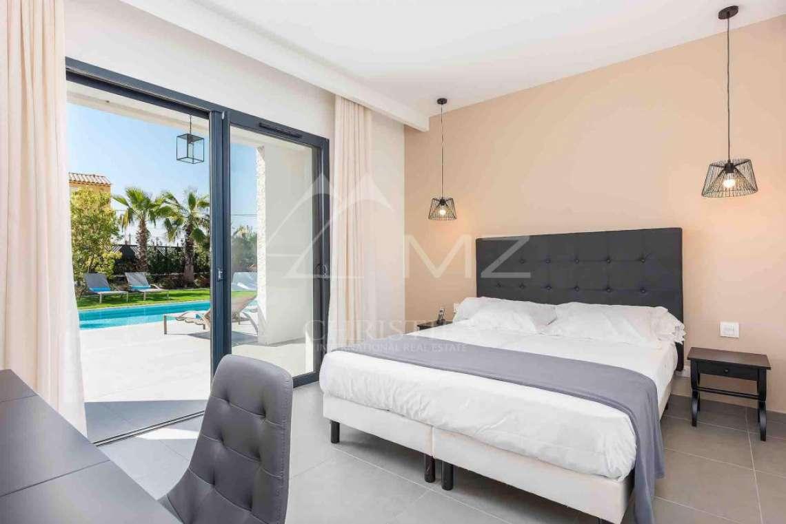 Near Mougins - Brand new contemporary villa in a gated domain - photo7