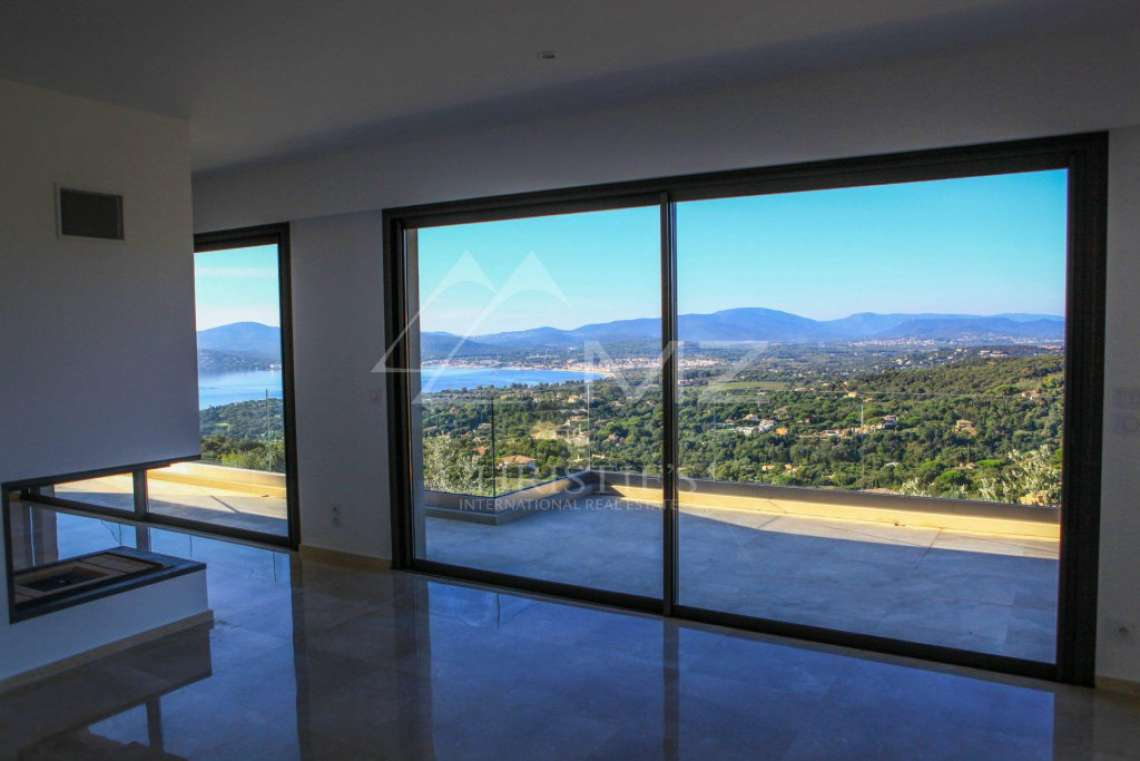 Between Saint-Tropez and Sainte-Maxime - Modern new Villa - photo4