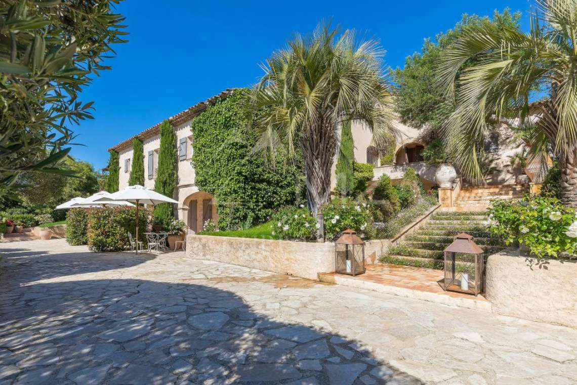 Close To Saint-Tropez - Magnificent Property with fantastic view onto Pampelonne - photo21