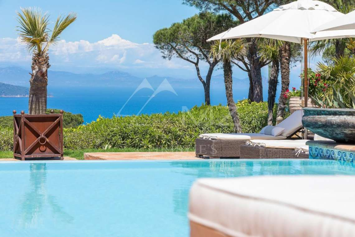 Close To Saint-Tropez - Magnificent Property with fantastic view onto Pampelonne - photo4