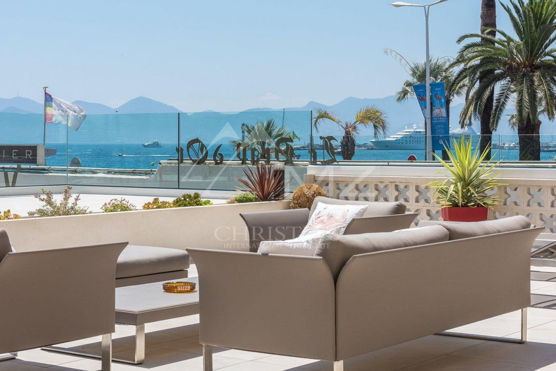 Cannes - Croisette - Villa-Apartment with panoramic sea views - photo9