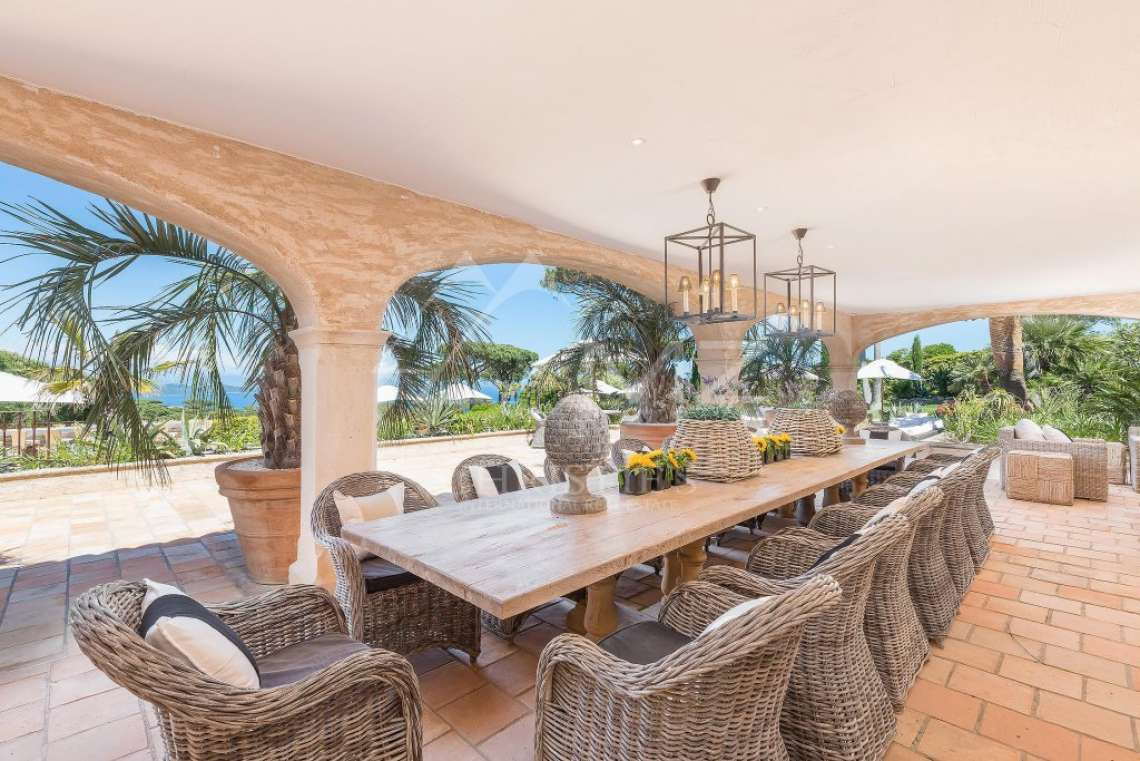 Close To Saint-Tropez - Magnificent Property with fantastic view onto Pampelonne - photo6