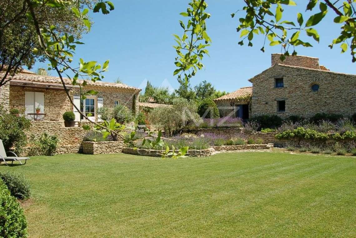 Gordes - Maison provençale en pierre avec vue - photo1