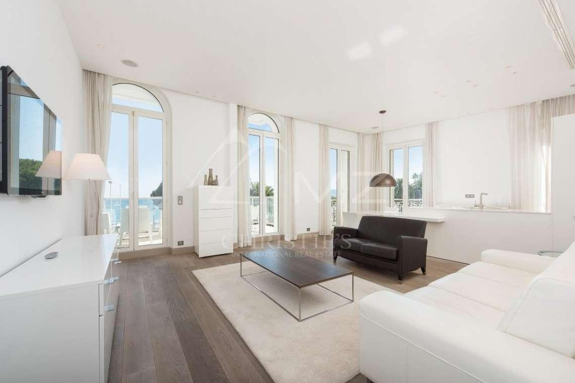 Cannes - Croisette - Somptueux appartement - photo3