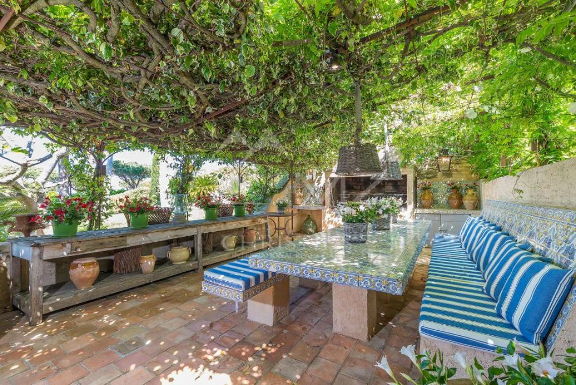 Close To Saint-Tropez - Magnificent Property with fantastic view onto Pampelonne - photo16