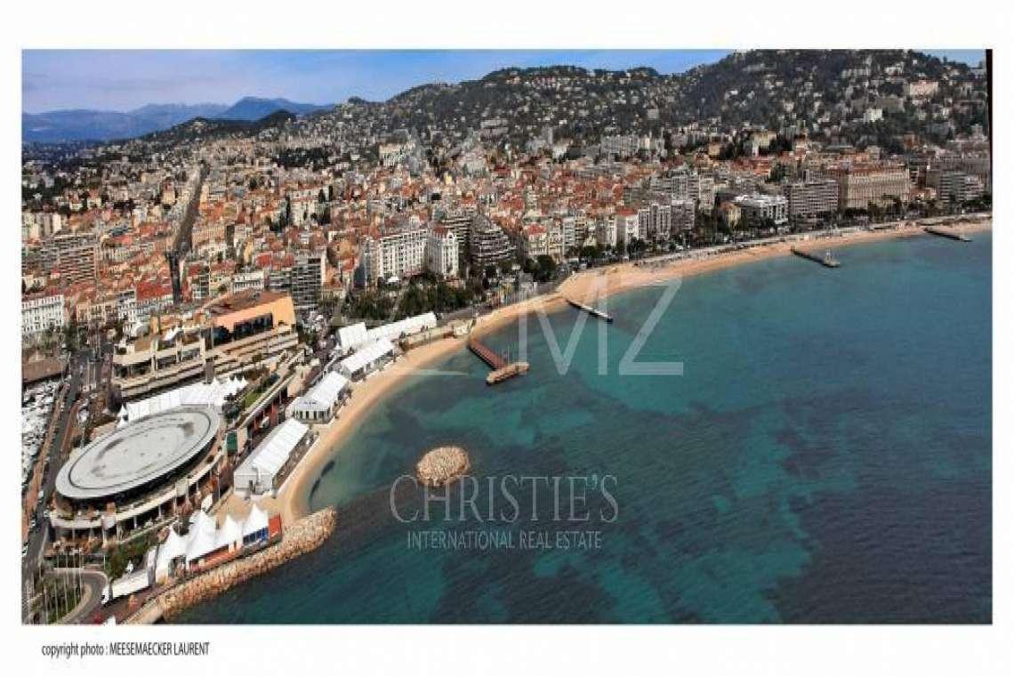 Cannes - Croisette - Somptueux appartement - photo17