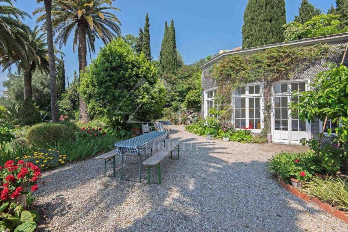 Cannes backcountry - Exceptional mansion - photo2