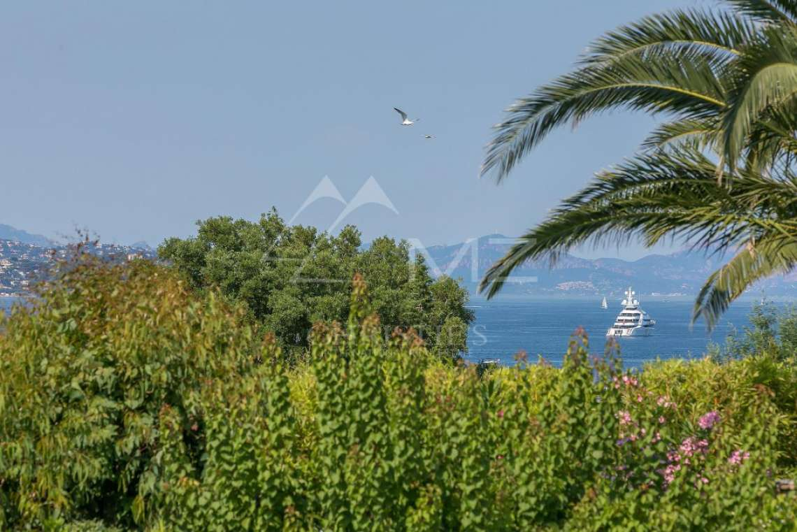 Close to Saint-Tropez -  Property with two houses - photo10