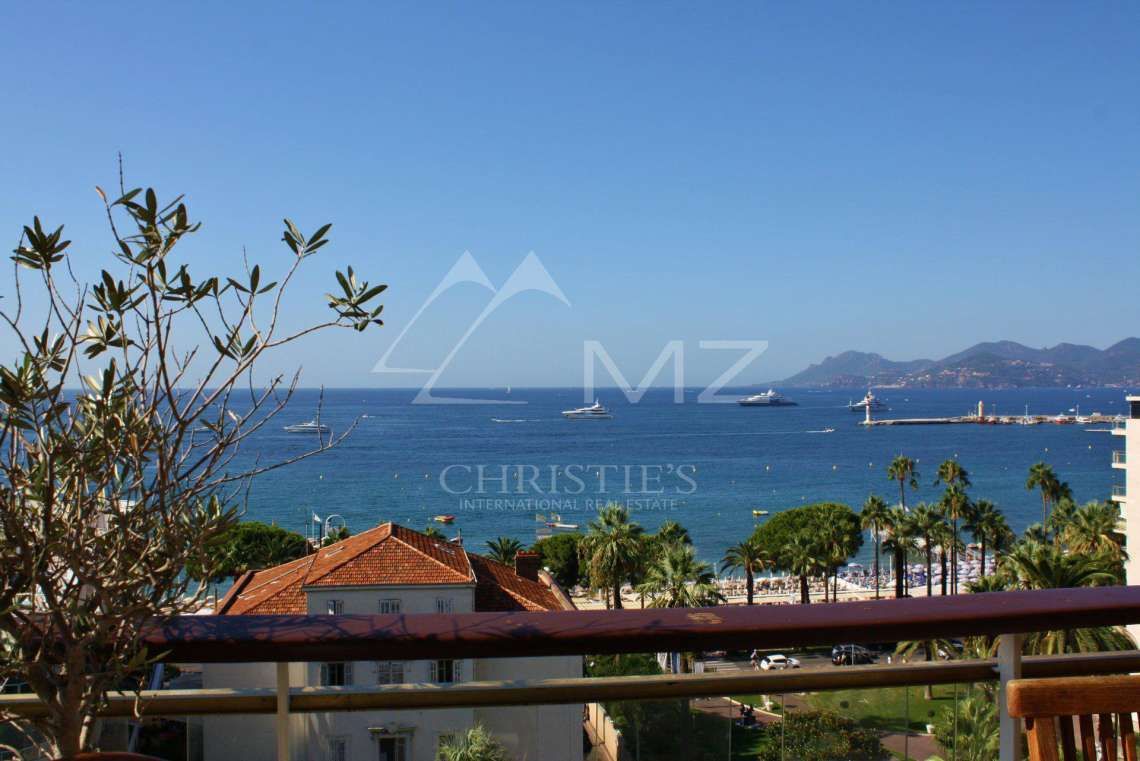 Cannes - Croisette - Panoramic sea view - photo4