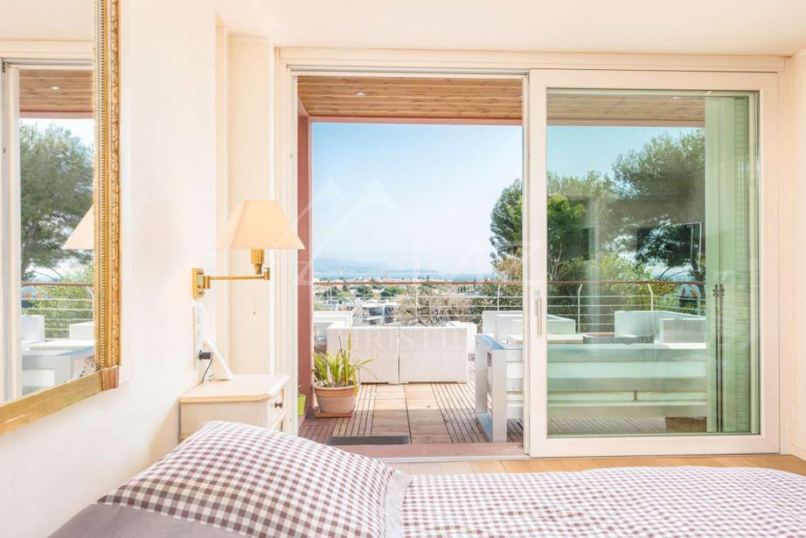 Antibes - Contemporary villa with sea and mountain views - photo11
