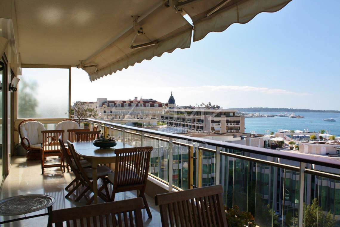 Cannes - Croisette - Panoramic sea view - photo3