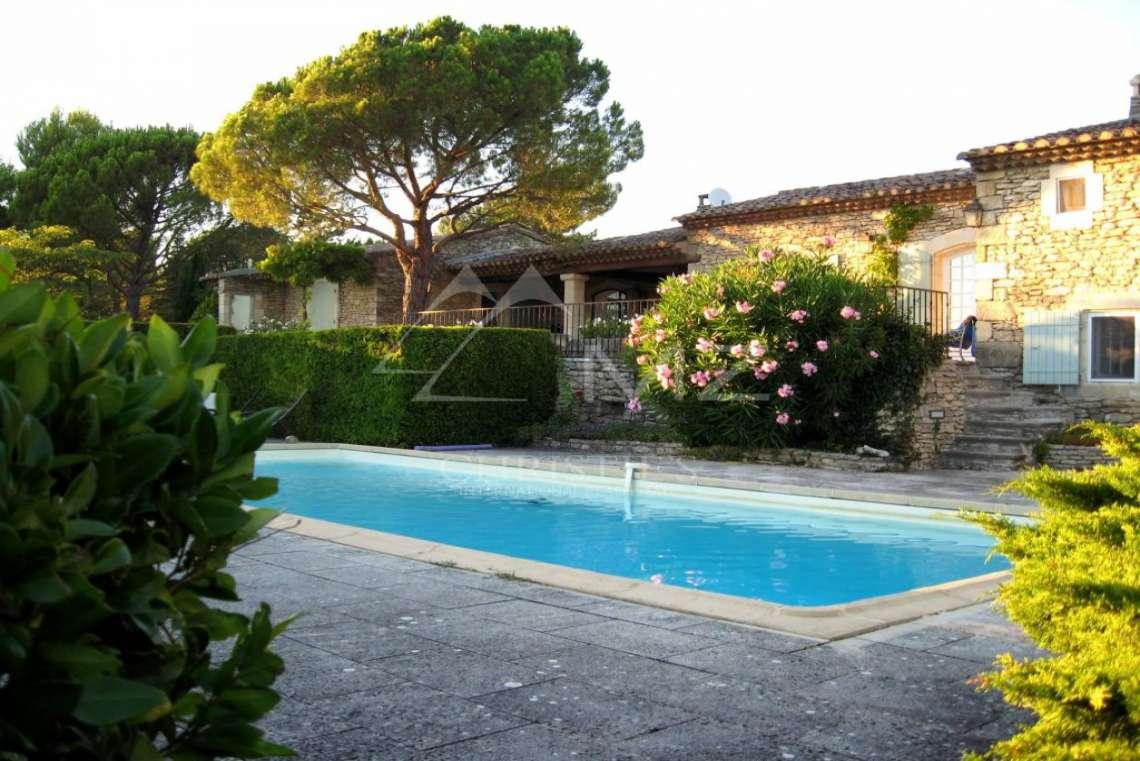 Proche Gordes - Charmante maison de vacances en pierres - photo2