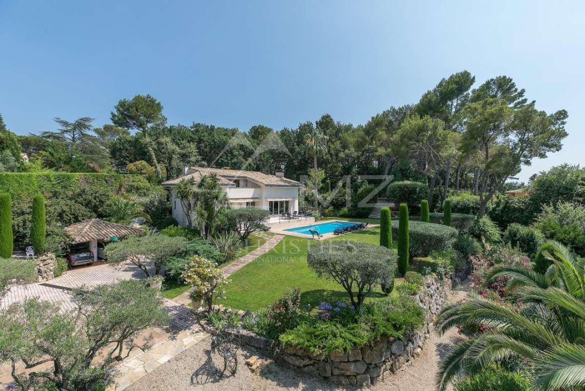 Mougins - Belle villa dans domaine privé - photo1
