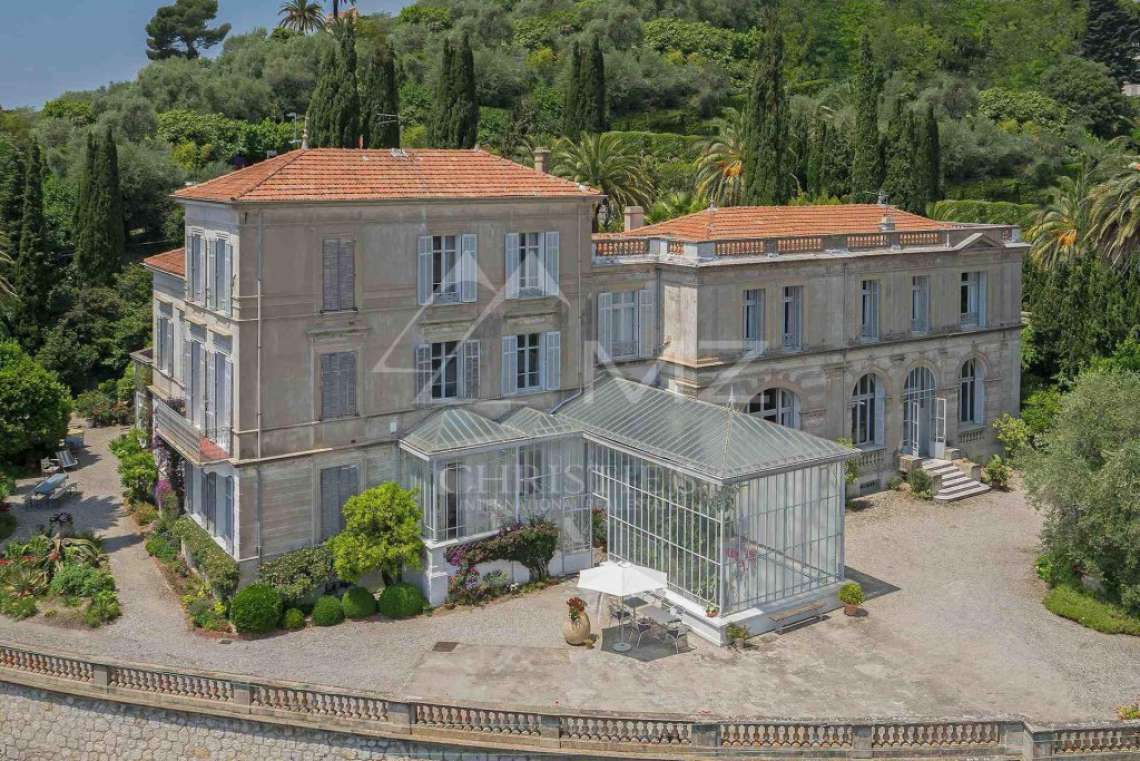 Cannes backcountry - Exceptional mansion - photo1