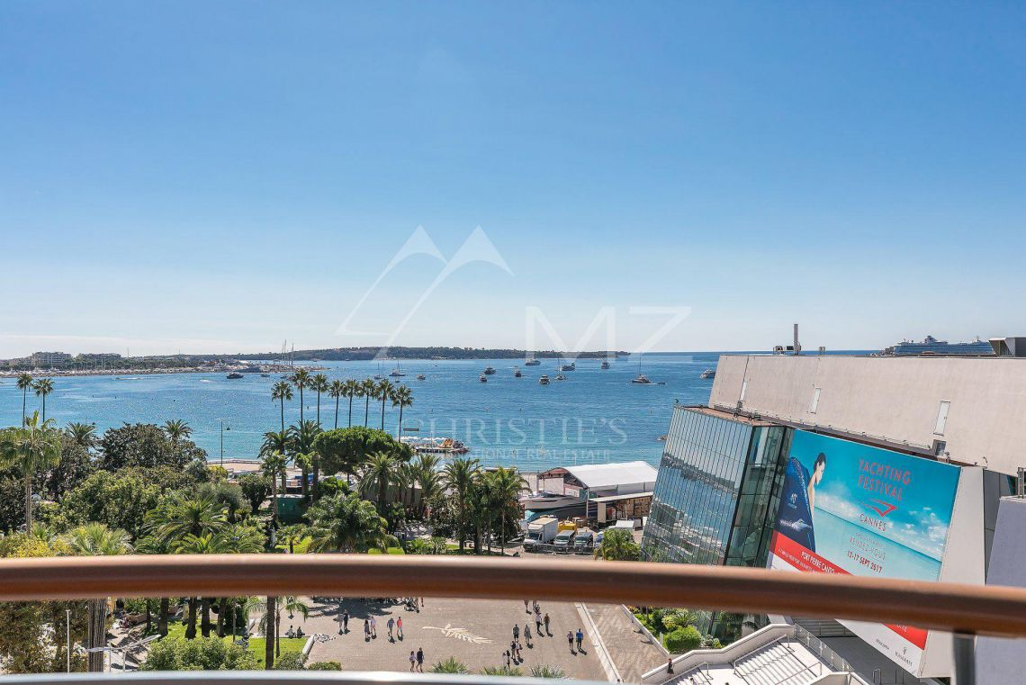 Cannes - Croisette - Exceptional penthouse - photo29