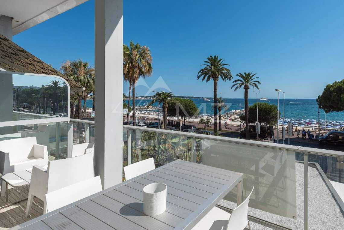 Cannes - Croisette - Somptueux appartement - photo7