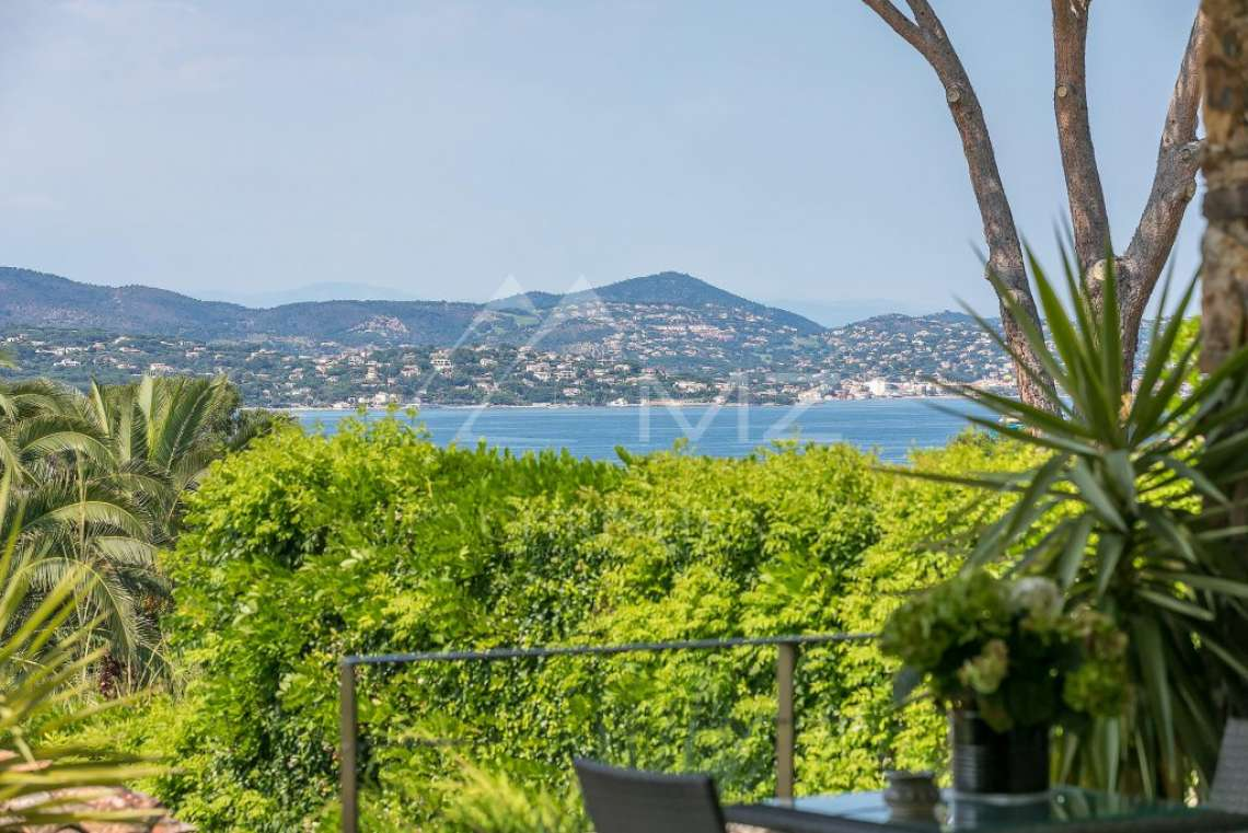 Close to Saint-Tropez -  Property with two houses - photo4
