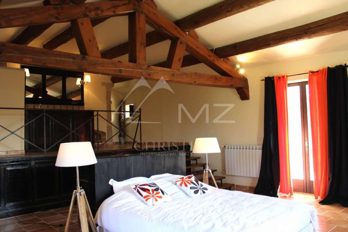 Close to Gordes center - Lovely stone built villa with heated pool - photo7