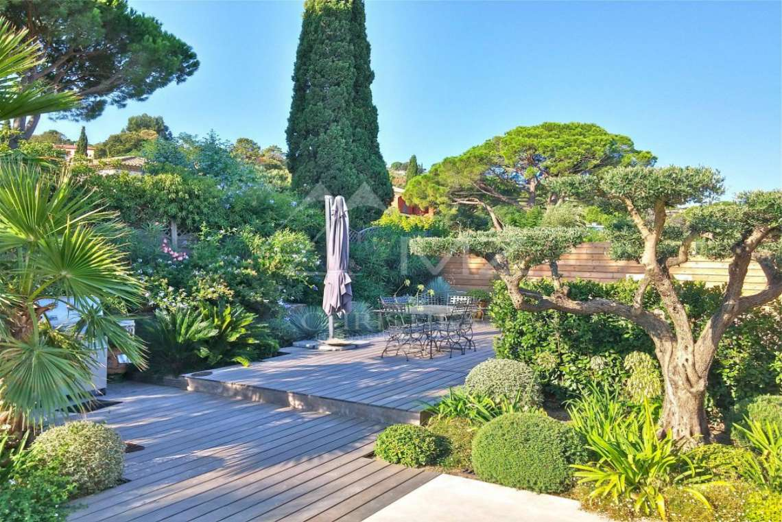 Close to Saint-Tropez - Beautiful villa with sea view - photo9