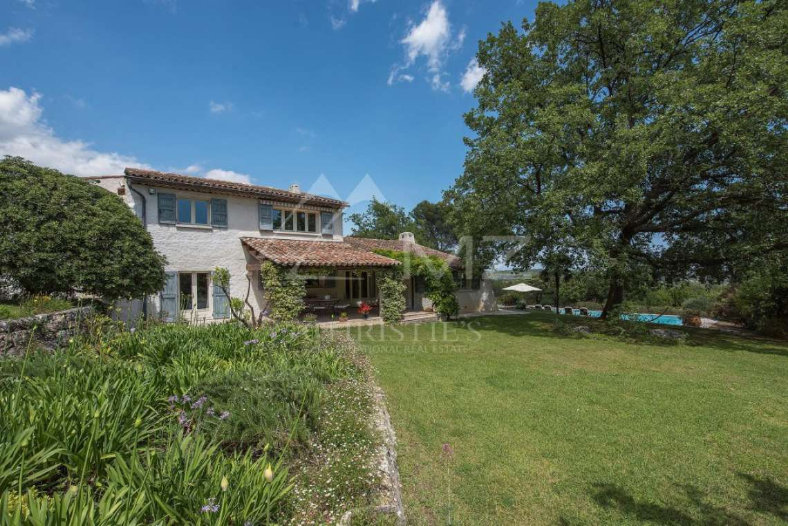 Cannes backcountry - Superbe property in calm environment with pool - photo7