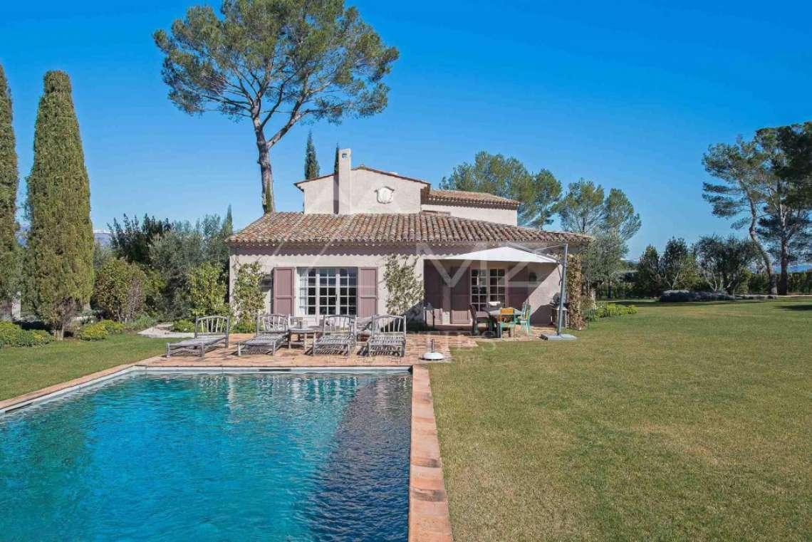 Close to Mougins - Castellaras - Superb villa in exceptional environment - photo3