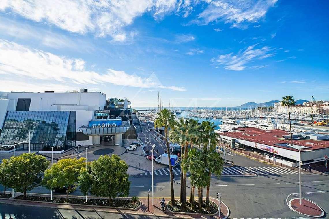 Cannes - Croisette - Sea view apartment - photo2