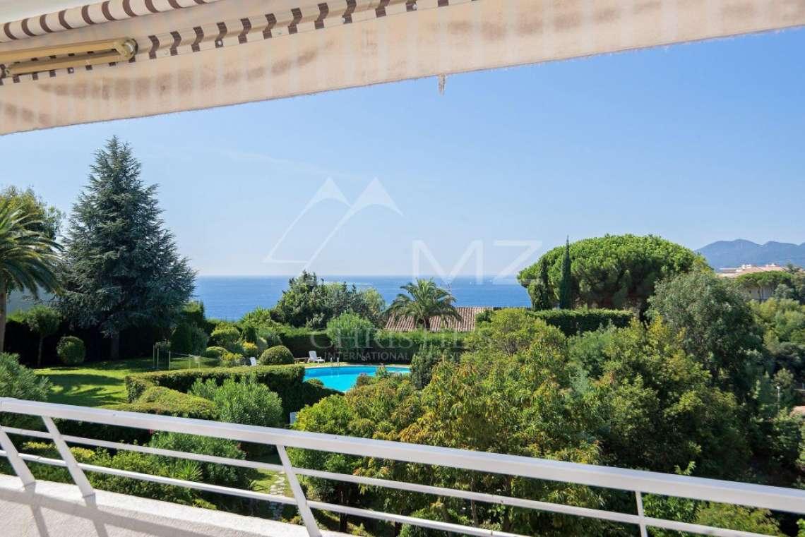 Cannes - Croix des Gardes - Vue mer panoramique - photo1