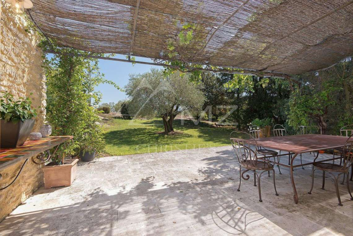Gordes - Gorgeous stone house with amenities - photo8