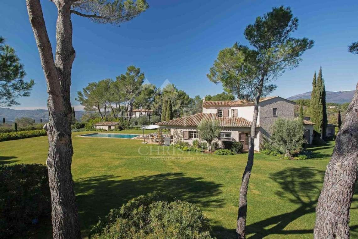 Close to Mougins - Castellaras - Superb villa in exceptional environment - photo1