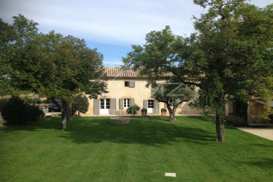 Close to Avignon - Lovely mas - photo3