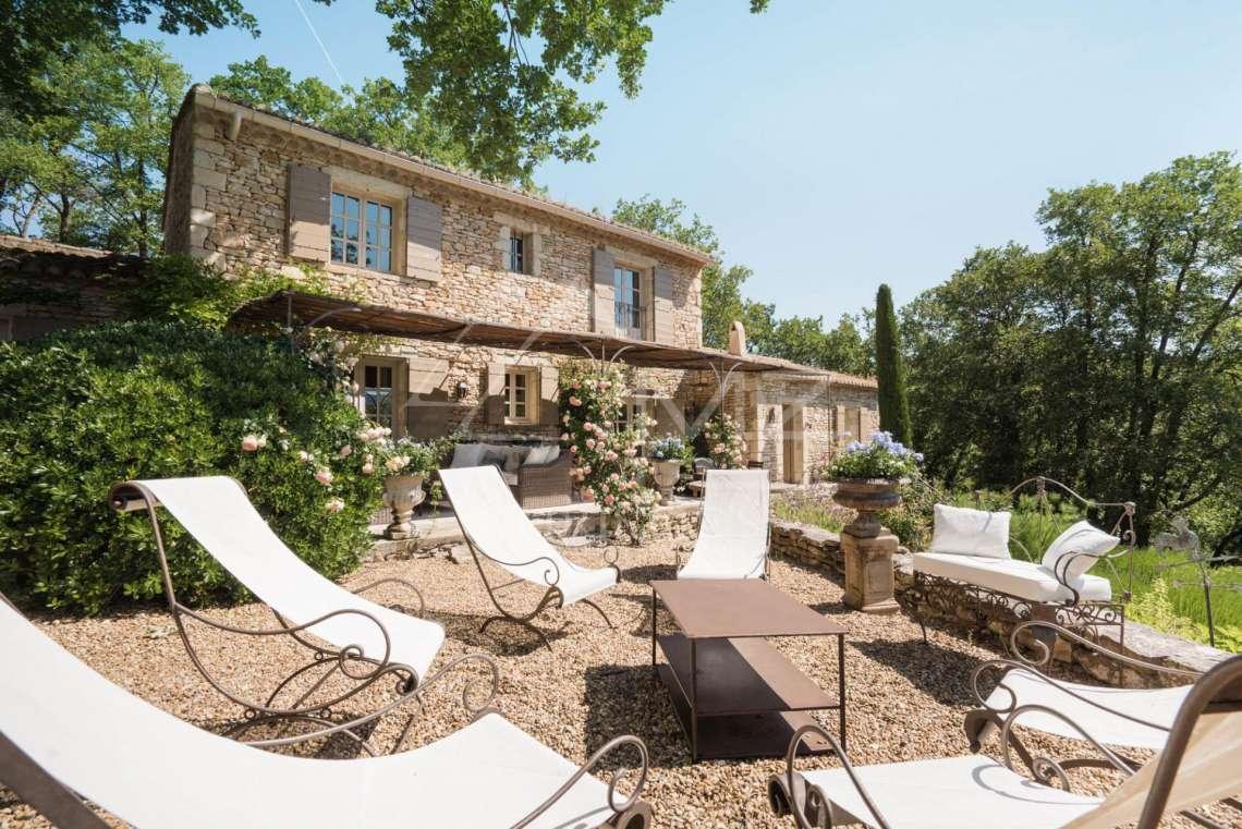 A louer luberon belle maison en pierres avec piscine - Location maison avec piscine luberon ...